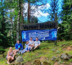 Esimene matkapäev- Elva! (Matkasellid)